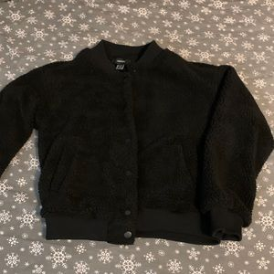Forever 21 Black Button Up Teddy Jacket